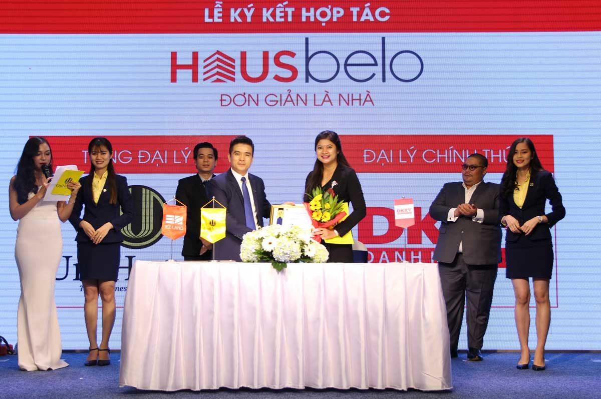 Lễ ký kết hợp tác Phân phối F1 Dự án Hausbelo