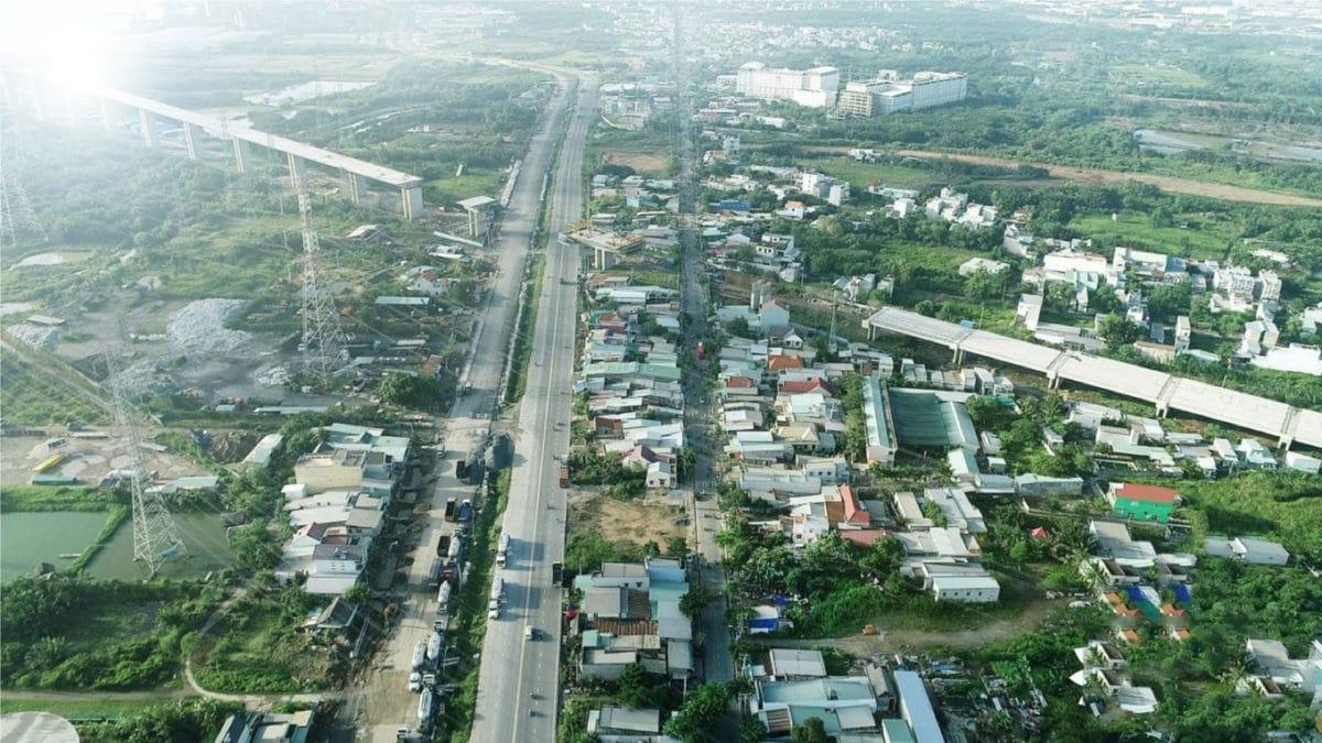 Hình ảnh thực tế khúc giao lộ Nguyễn Hữu Thọ & Cao tốc Bến Lức - Long Thành
