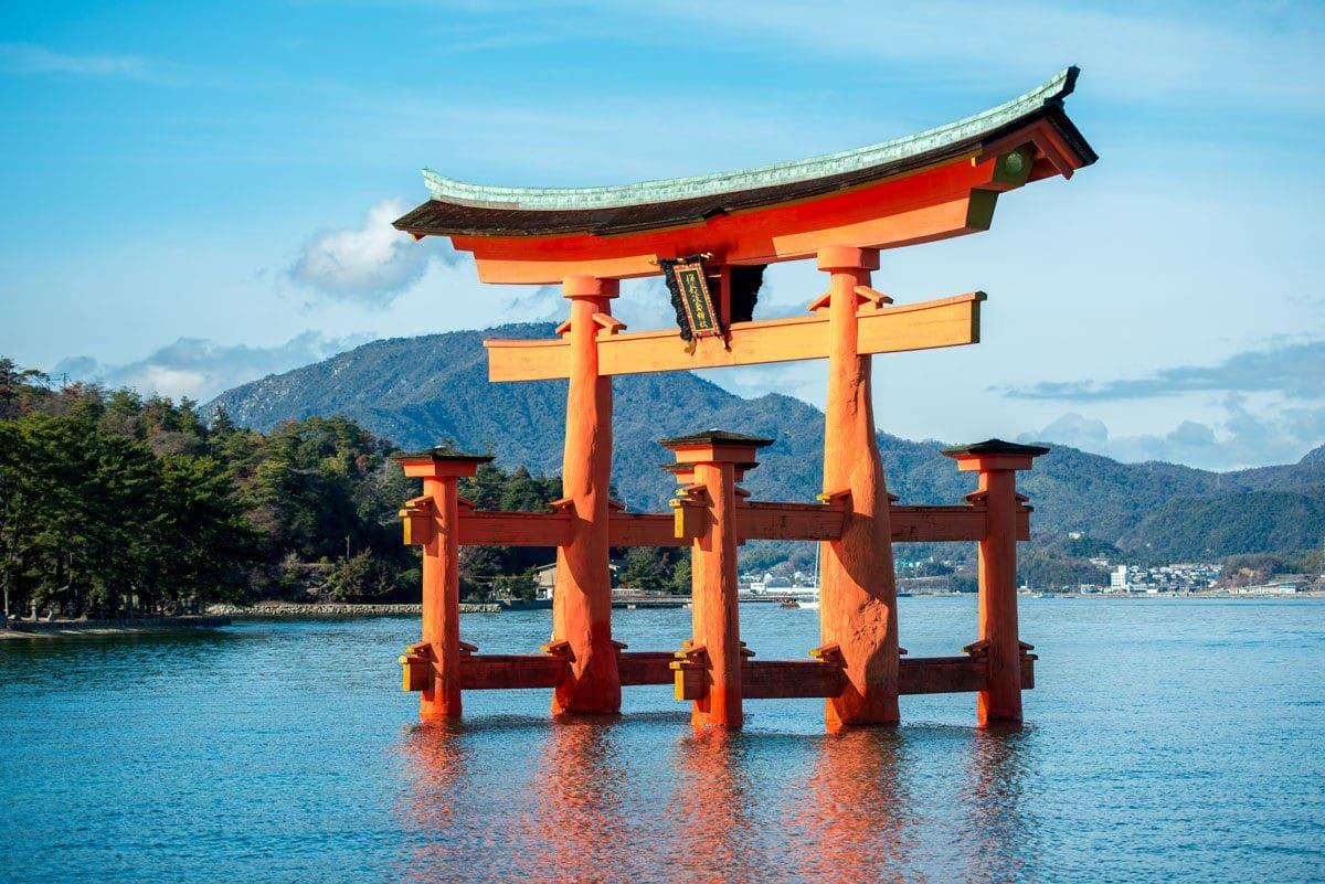 Cánh Cổng Torii - Đền Itsukushima