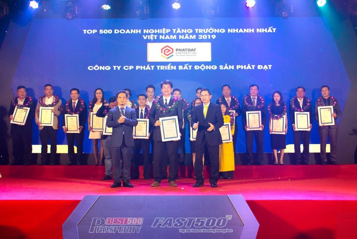 Phát Đạt lọt danh sách 500 doanh nghiệp tăng trưởng nhanh nhất Việt Nam năm 2019 - CÔNG TY CỔ PHẦN PHÁT TRIỂN BẤT ĐỘNG SẢN PHÁT ĐẠT