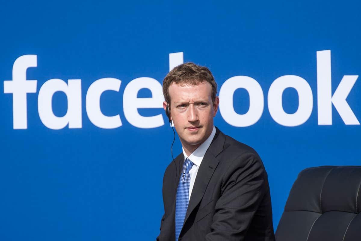 Mark Zuckerberg - BẢNG XẾP HẠNG 10 TỶ PHÚ GIÀU NHẤT THẾ GIỚI DO FORBES CÔNG BỐ MỚI NHẤT NĂM 2020