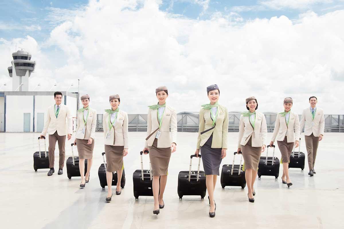doi ngu BamBoo Airways chuyen nghiep - TRỊNH VĂN QUYẾT LÀ AI? CON ĐƯỜNG THÀNH CÔNG CỦA TRỊNH VĂN QUYẾT