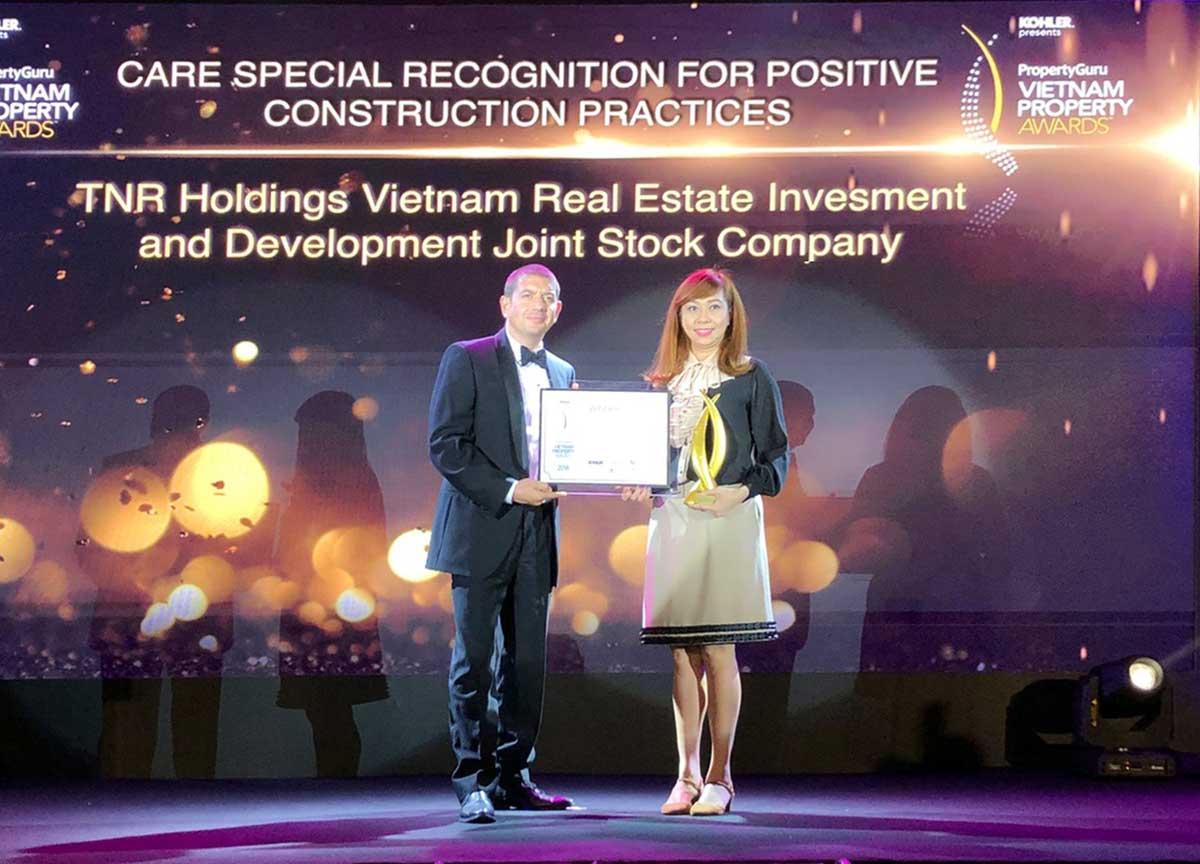 TNR Holdings Việt Nam liên tiếp giành được nhiều giải thưởng danh giá - TNR HOLDINGS VIỆT NAM