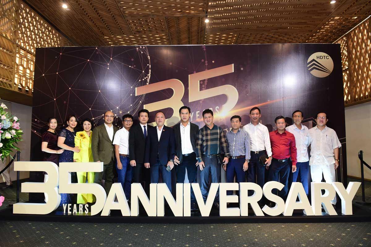 35 năm thành lập Công ty cổ phần Phát triển và Kinh doanh Nhà HDTC - CÔNG TY CỔ PHẦN PHÁT TRIỂN VÀ KINH DOANH NHÀ (HDTC)