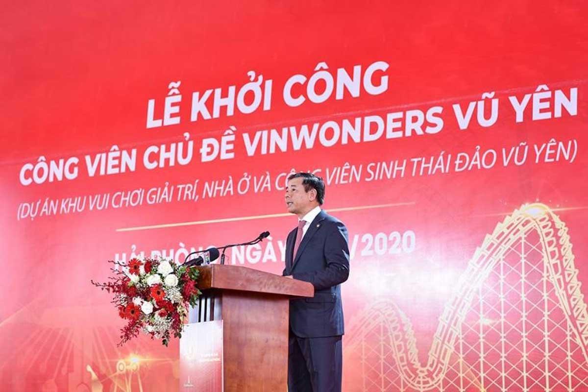 Ông Nguyễn Việt Quang Phó Chủ tịch kiêm Tổng Giám đốc Tập đoàn Vingroup phát biểu tại Lễ Khởi công. - VinWonders Vũ Yên Hải Phòng