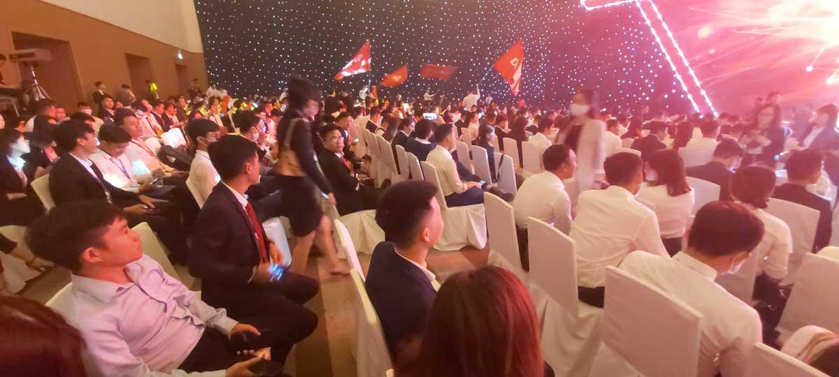"""su kien vuot thach thuc the dan dau - Tập đoàn Danh Khôi ra mắt """"Hình trình người dẫn đầu"""" – Ghi dấu ấn 15 năm phát triển trên thị trường"""