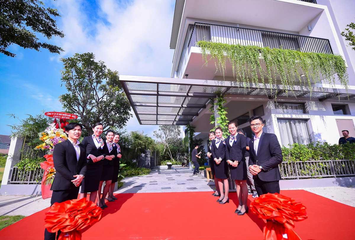 khai truong nha pho mau the standard central park binh duong 2020 - THE STANDARD CENTRAL PARK BÌNH DƯƠNG