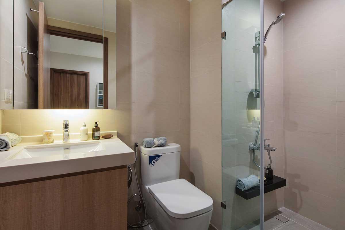 toilet can ho 1 phong ngu ha do centrosa garden - Hà Đô Centrosa Garden