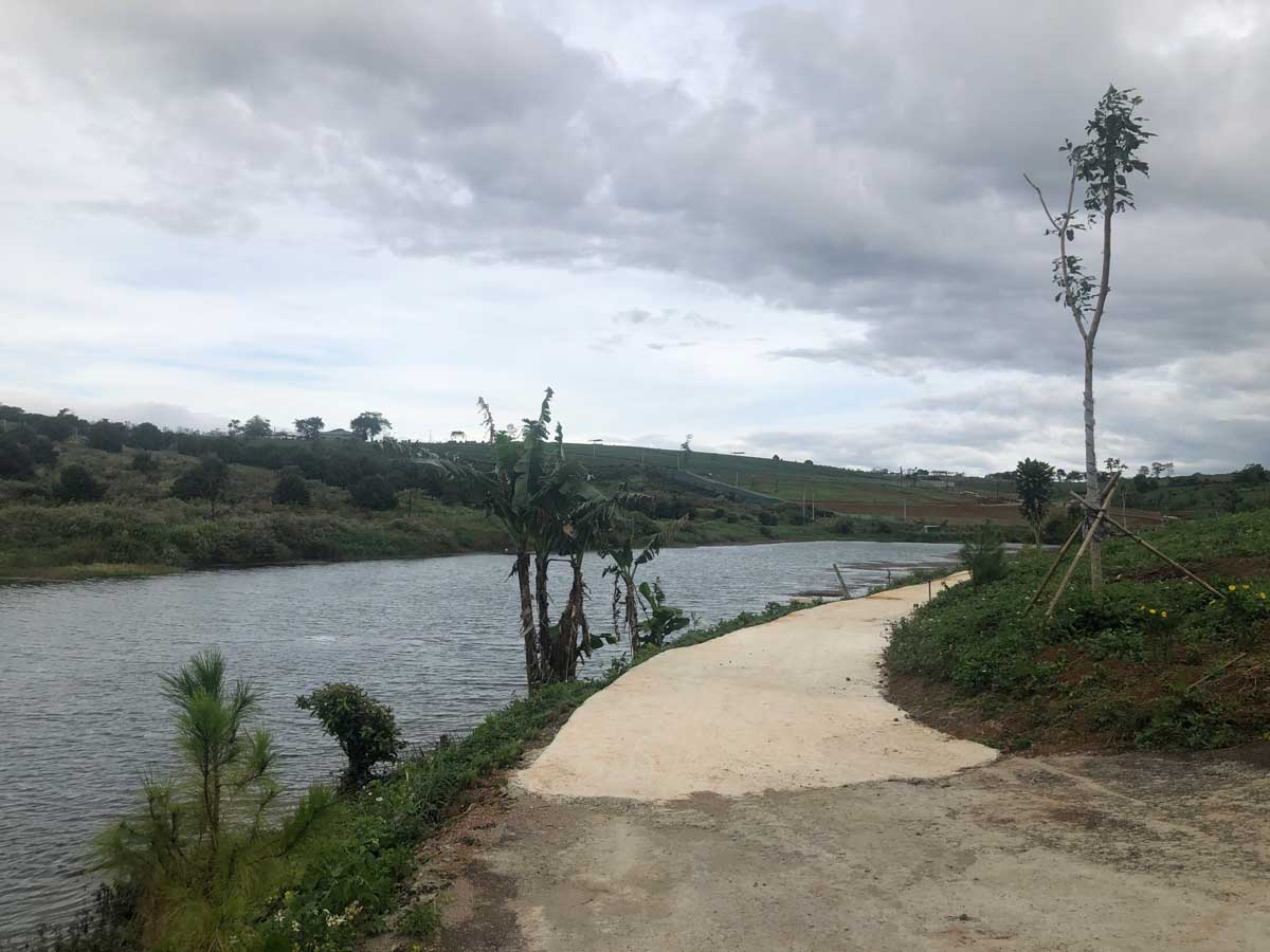Cap nhat tien do thi cong Lang sinh thai Kingdom Ecolake Village - Cap-nhat-tien-do-thi-cong-Lang-sinh-thai-Kingdom-Ecolake-Village