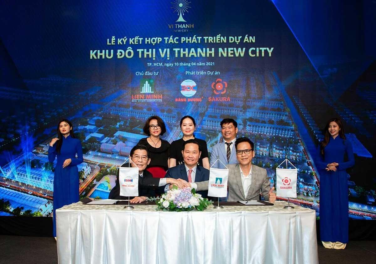 Dai dien Lien Minh Group Cong ty Bang Duong va Sakura Group ky ket hop tac phat trien du an Vi Thanh New City - Đại-diện-Liên-Minh-Group,-Công-ty-Băng-Dương-và-Sakura-Group-ký-kết-hợp-tác-phát-triển-dự-án-Vị-Thanh-New-City