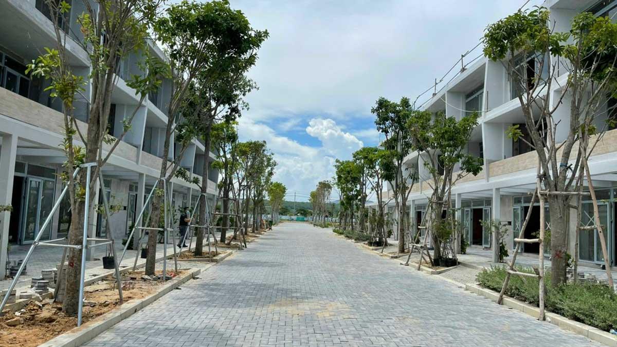 cap nhat tien do thi cong du an nha pho Thanh Long Bay thang 7 nam 2021 - THANH LONG BAY PHAN THIẾT BÌNH THUẬN